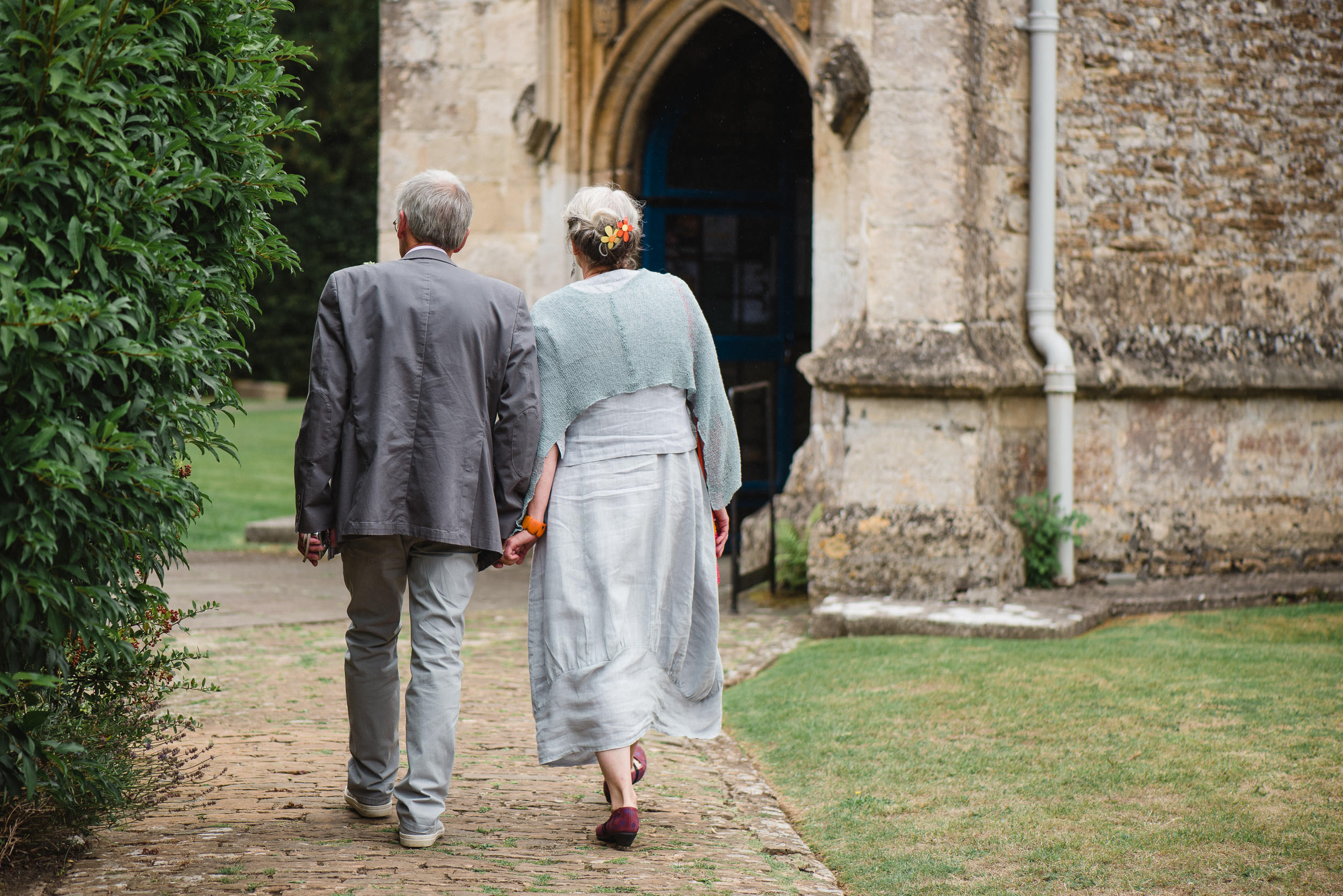 Orchardleigh Estate Wedding - Guests arriving at the Church