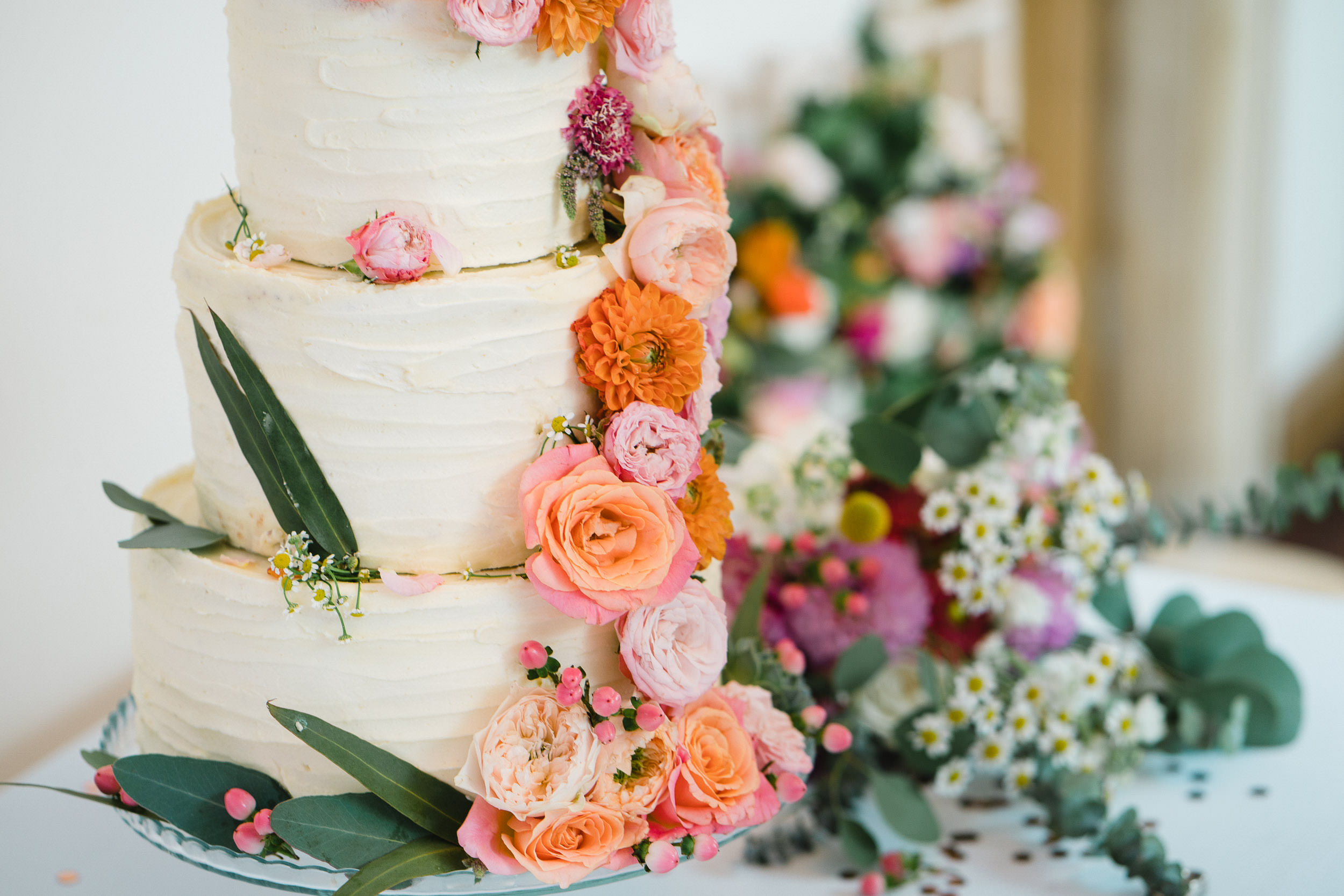 Orchardleigh Estate Wedding - The Wedding Cake