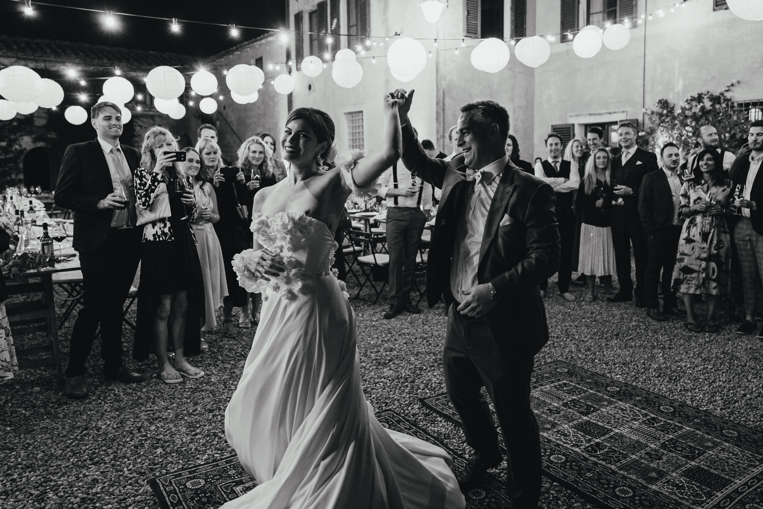 Tuscan Villa Wedding - The Bride and Groom share their first dance